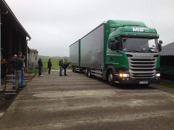 Hulptransport voor Oekraïne per vrachtwagen vanuit Nederland.