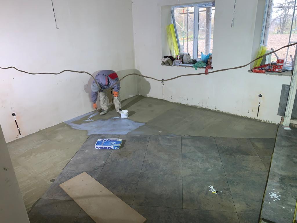 nieuwbouw vrouwenopvang vloer