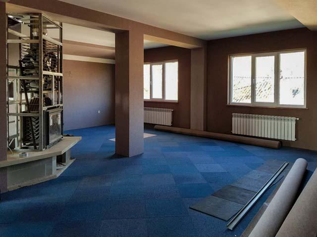 vloertegels op de eerste verdieping